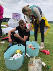 Recording litter in the Planet Patrol app - Laura Whitmore and Iain Stirling